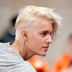 Justin Bieber: tudo sobre o novo cabelo do cantor do hit 'What Do You Mean?'
