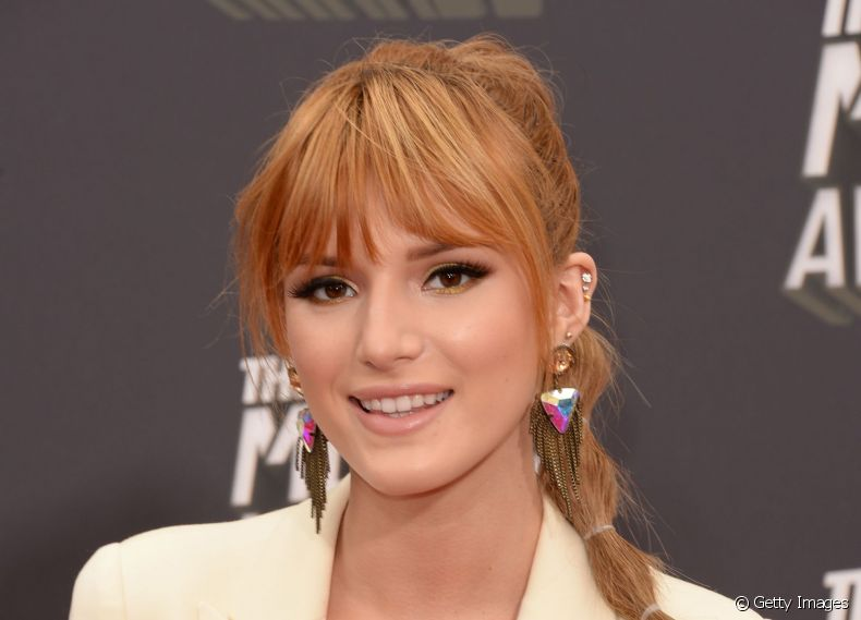 Penteado Bubble da atriz Bella Thorne