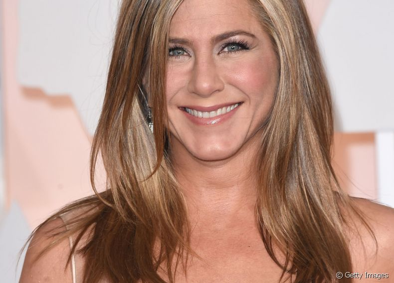 As mechas tartaruga são inspiradas nas cores do casco do animal. A atriz Jennifer Aniston também é adepta da técnica