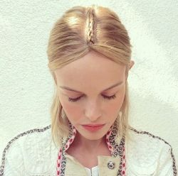 Penteado de Kate Bosworth no Coachella 2015: passo a passo do visual da atriz