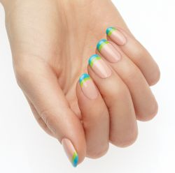 Unhas decoradas: aposte no Color Blocking, tendência para a Copa do Mundo